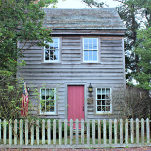 Batts Lane Cottages, a colonial home in Cape May, NJ