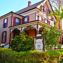 Henry Sawyer Inn