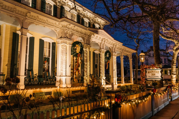 The Mainstay Inn in Cape May New JErsey, decorated for christmas